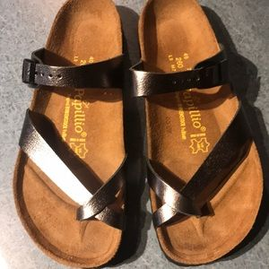 New Birkenstock sandals metallic silver